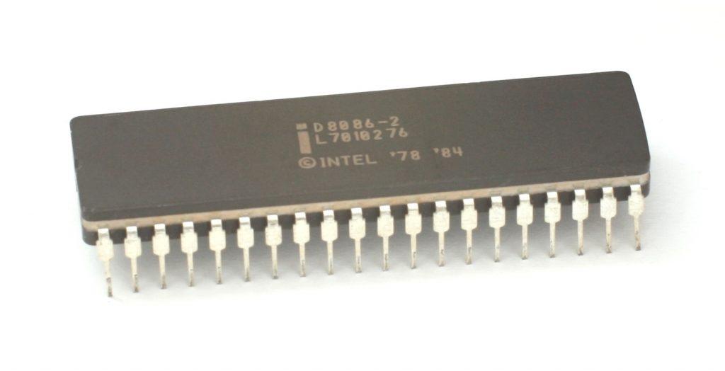 Intel8086 (圖片來源:維基百科)