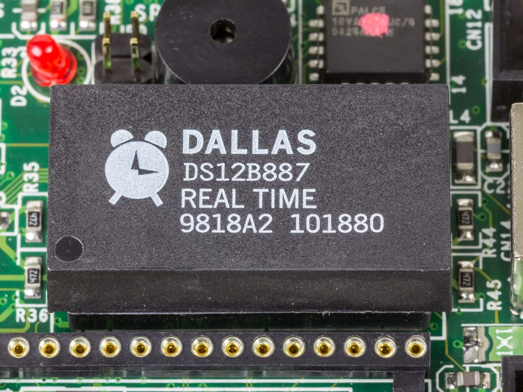 ROCKY-518HV - Dallas Semiconductor DS12B887
